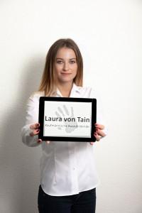 Laura von Tain
